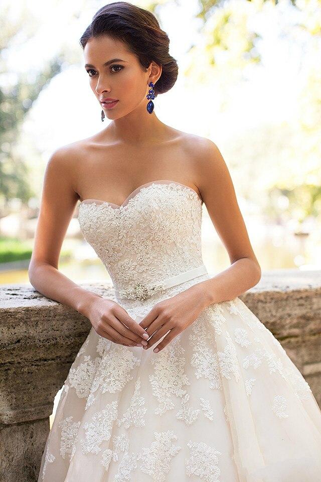 Großartig Ballkleid Hochzeitskleider Mit Schatzausschnitt Fotos ...