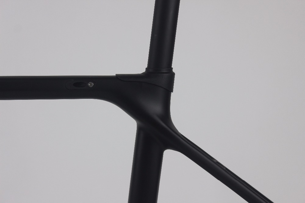 Super Light 700c Europe No Tax Carbon Road Full Carbon Road Frame