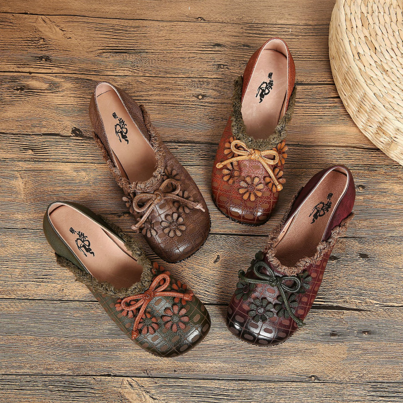 Women Loafers Genuine Leather Ballat Flats Flower Low Heel Lazy Shoes 2018 Autumn Retro Soft Leather Handmade Women Moccasin
