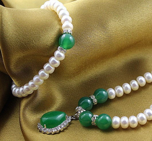 Fashion Classical Real Freshwater Pearl Jewelry Set