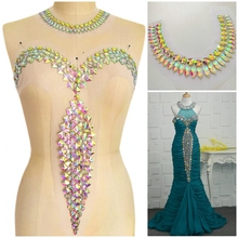 Женская одежда Ткань вечернее свадебное платье стразы камни Кристаллы нашивки аппликации для шитья невесты на груди шеи Декор
