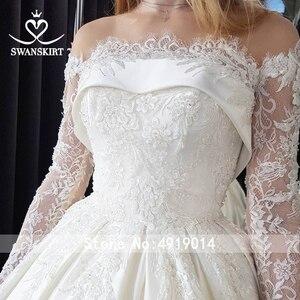 Image 4 - Swanskirt Vestido de novia de satén con apliques elegantes, cuello Barco, manga larga de encaje, línea A, Vestido de novia Princesa, F135 Vestido de novia, 2020