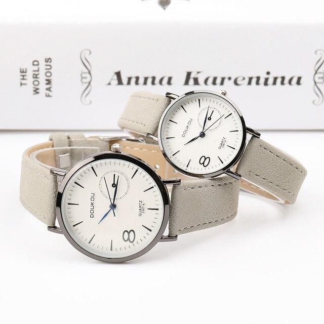 1661bb1be520 Amantes de la moda Ultra-Delgado reloj de cuarzo de cuero de los hombres  relojes