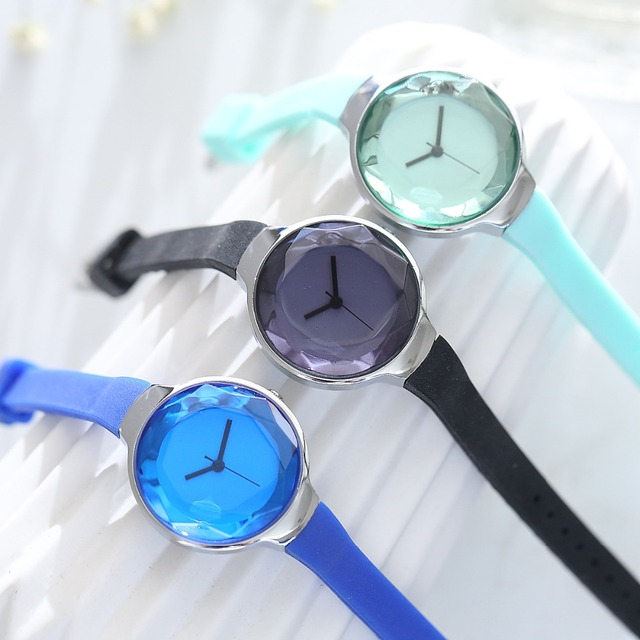 FanTeeDa Brand Fashion Silicone Strap Quartz Watch Outdoor Casual Business Wrist