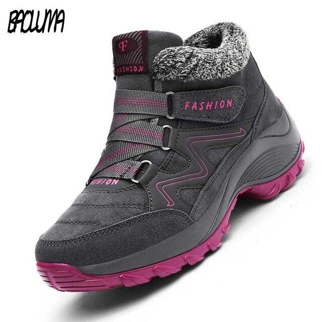 ผู้หญิงฤดูหนาวที่อบอุ่นผู้หญิงกันน้ำหิมะบู๊ทส์อบอุ่นบู๊ทส์ส้นรองเท้าหนังนิ่มรองเท้าฝูงรองเท้าลำลอง