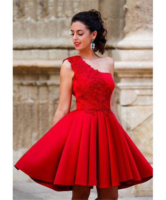 8a897298c2 2016 New Red Short Cocktail Dresses Vestidos de Renda A Line Appliqued One  Shoulder Homecoming Dresses