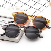 Nuova Personalità di modo Retro Occhiali Da Sole Unisex Occhiali di Alta Vendite car styling Occhiali Conducente