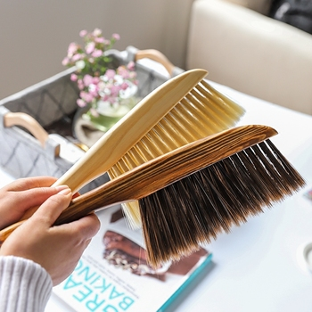 New Long Handle Bristles Bed Brush Wooden Antistatic Dust Brushes Carpet Sofa Clothes Sweeping Broom Household Cleaning Tools 1