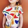 2017 Del Verano Del Bebé Muchachas de Los Muchachos de Moda de Graffiti Impreso de Manga Corta algodón Camiseta fille Niños Camiseta Tops Ropa de Los Cabritos camiseta Z1