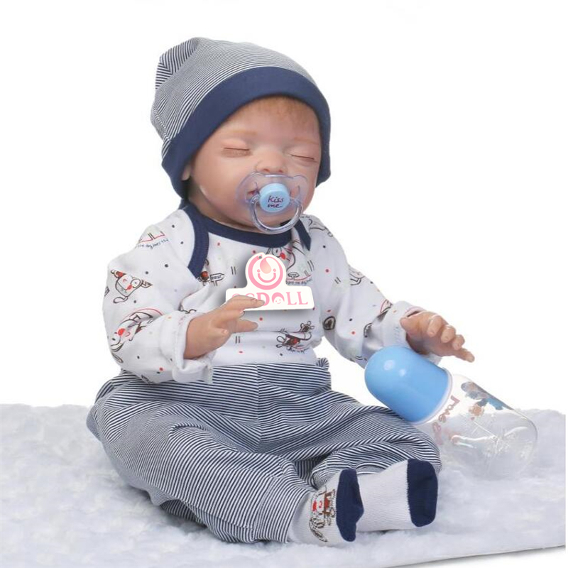 "55cm/22"" Soft Body Silicone Reborn Sleeping Doll Soft Vinyl Lifelike Newborn Baby Boy Toy Collection Gift"