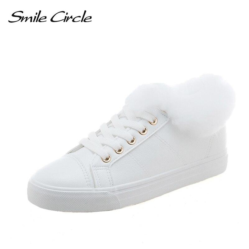 Sourire Cercle Super doux Hiver de fourrure Sneakers Blanc Femmes Dentelle-up Appartements Chaussures Femme Sneakers Mode Suede Casual Vulcaniser chaussures