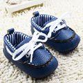 Nueva PU de Cuero Infantiles Del Prewalker Zapatos de Bebé Recién Nacido Niños Niñas Suaves Únicos Calzado antideslizante de Algodón Acolchado