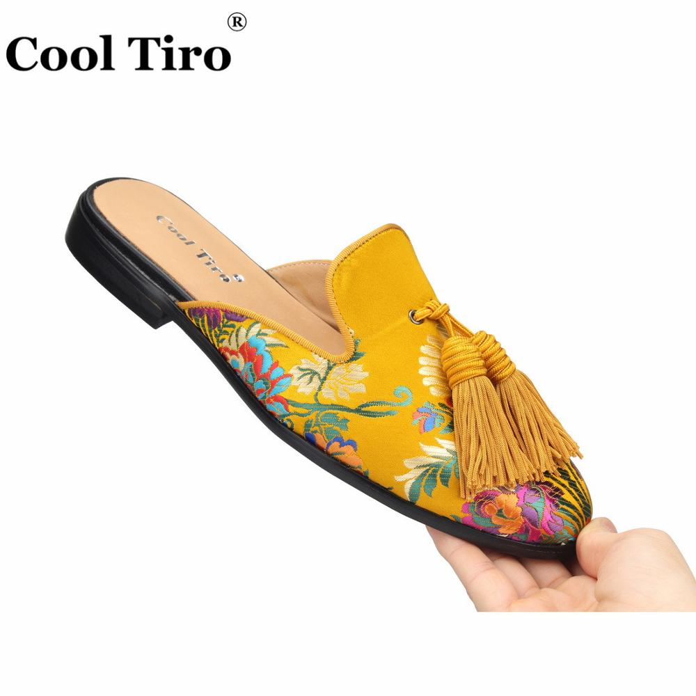 Cool Tiro Gold Jacquard Mules Men Slippers Slip On Flats Silk Tassels Men s Handmade Casual
