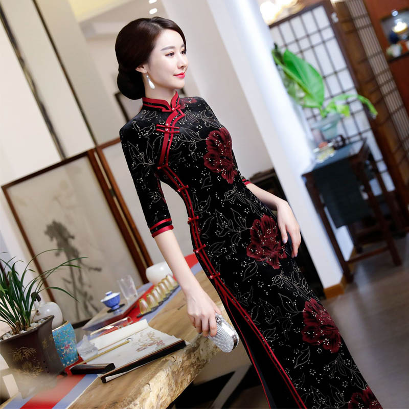Pictures of petite oriental women — pic 13