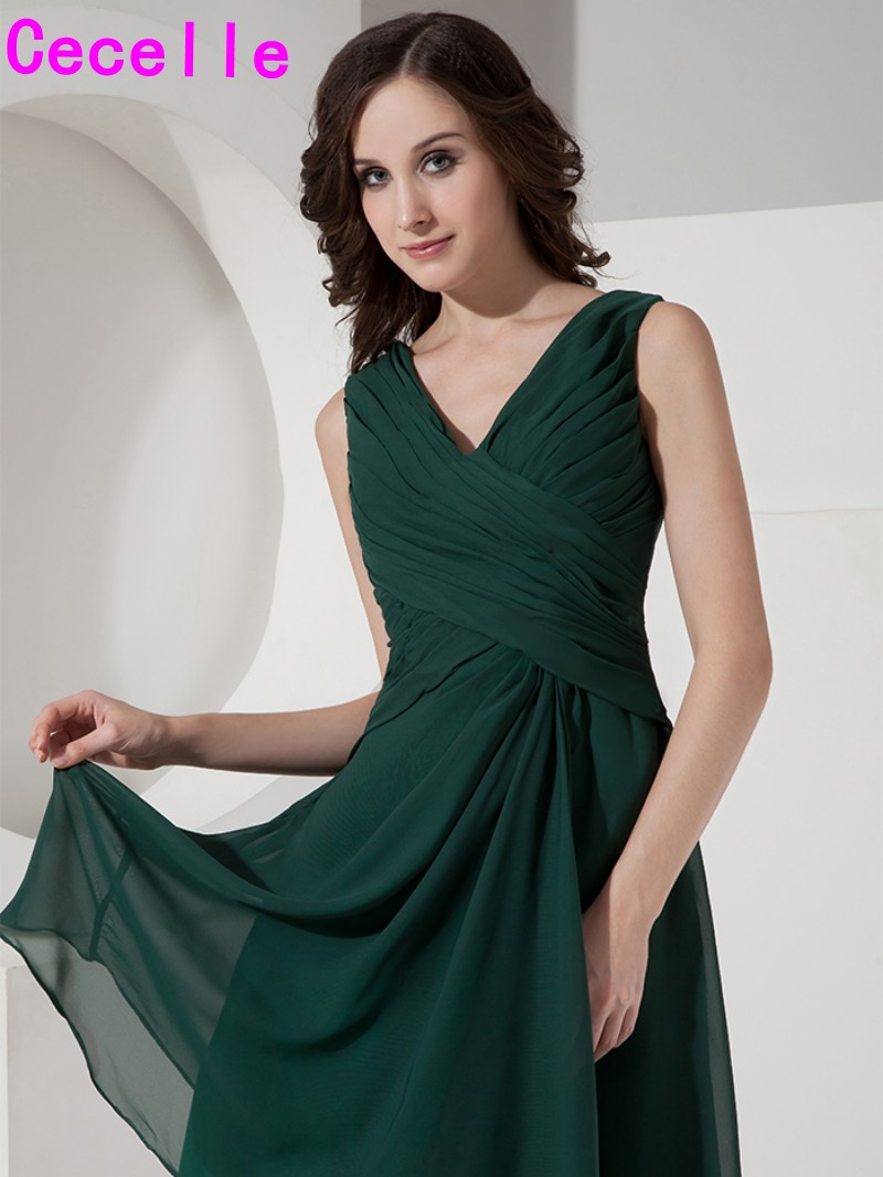 5dadb8874315 Dark Green Short Knee Length Simple Chiffon Bridesmaids Dresses Ruched V  Neck Sleeveless Girls Brides Maids Dresses Casual-in Bridesmaid Dresses  from ...
