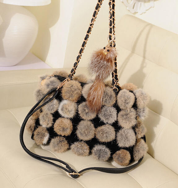 New 2017 Women Handbags Rabbit Fur Shoulder Bags High Quality Leather Messenger Bags Casual European American Style Handbag MX89