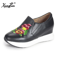 Xiangban 2018 Spring autumn women casual flat shoes hand embroidery ethnic wind platform women shoes