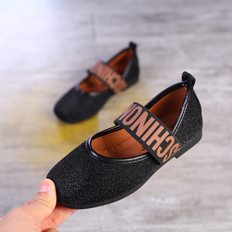 Girls Shoes Little Girls Flats Wedding Children Shoes Princess Glitter  Leather Sneaker 2019 Spring Kids Dance Party Shoes-in Leather Shoes from  Mother ... e3b3602d83b4