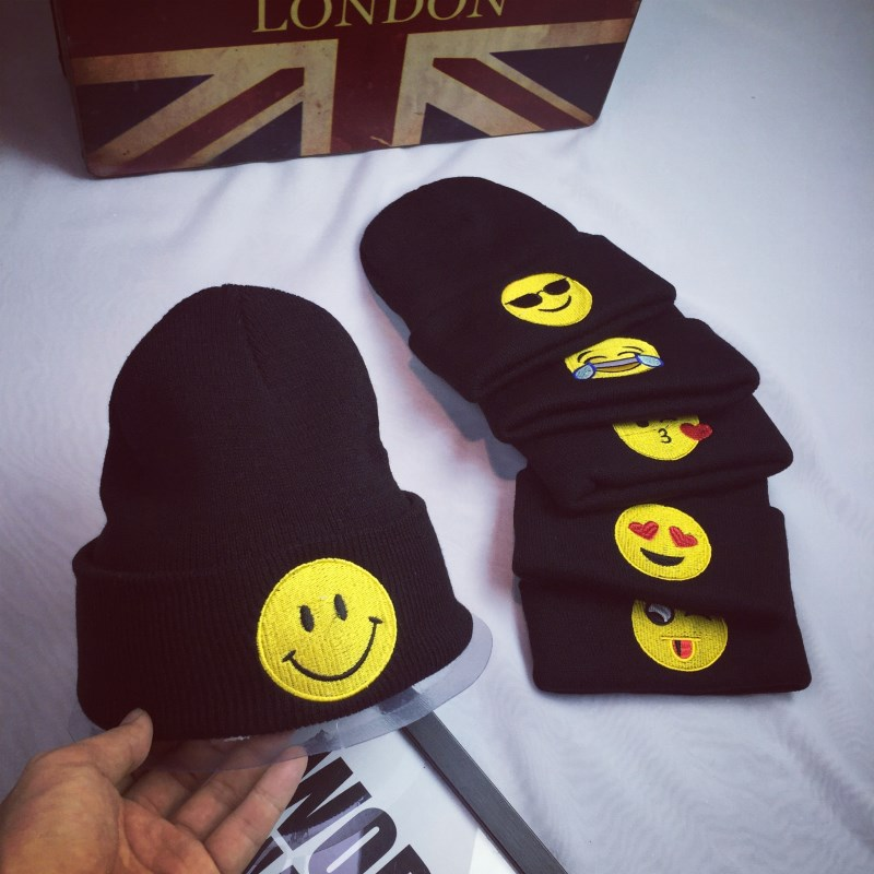 Women Fall Fashion Winter Caps emoticons embroidery Skullies Girls middle finger cats patch Feminino Beanies warm Knitting hat skullies