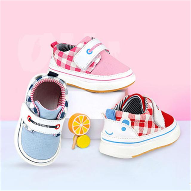 Zapatos lindos Del Bebé Recién Nacido de Algodón Suave Zapatos Para Recién Nacido Calzado Para Recién Nacidos de Algodón de Moda de Alta Calidad Zapatos de Bebé 70A1078