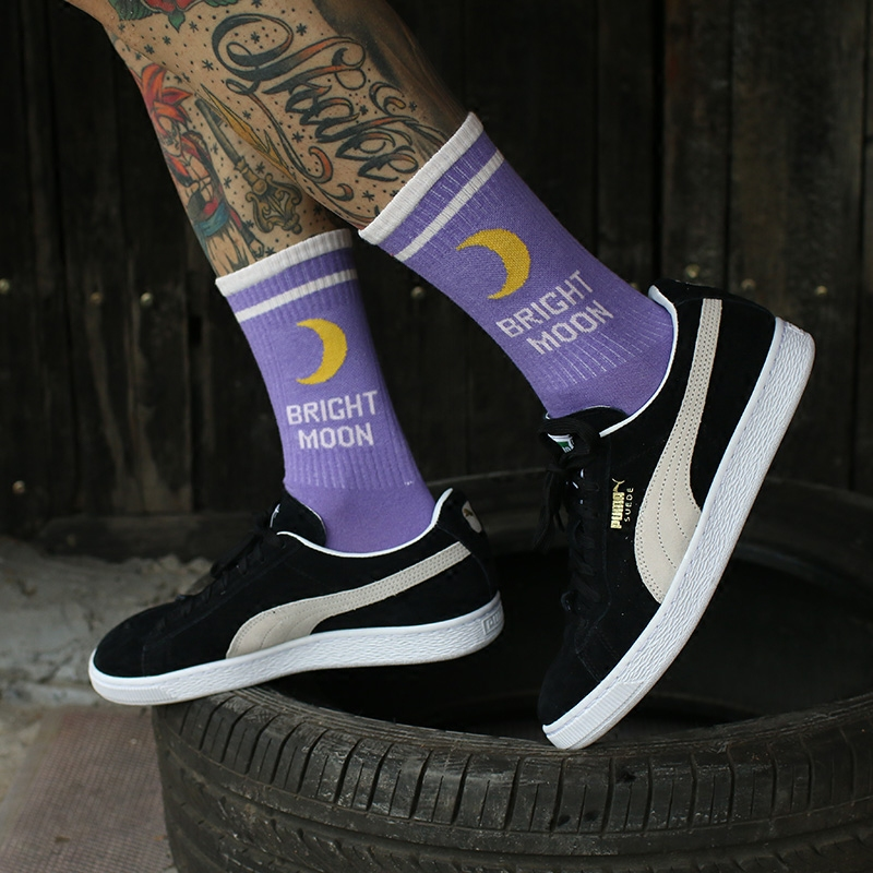 IMINCN 1Pair Oversize Fashion Bright Moon Hiphop Harajuku Cute Patter Ankle Socks Hipster Skateboard Man Ankle Funny Socks