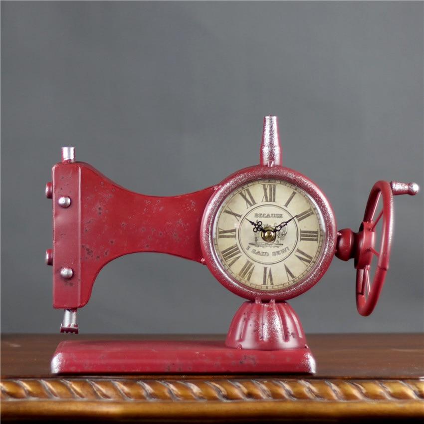 Creative Rétro Machine À Coudre Alarme Horloge Rétro Fer Montres Station de Bureau Horloge Alarme Silencieuse de Quartz Horloge Décoration de La Maison