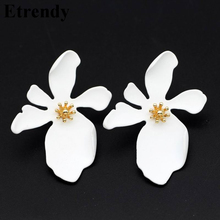 Big White Flower Earrings For Women 2019 Hot Fashion Jewelry Statement Pendientes Party Accessories Yellow Pink Korean Style