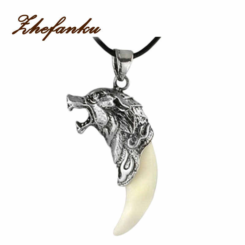 Charming Jewelry Evil Spirits Wolf Heads Shaped Pendant Necklace With Alloy Clavicle Chain NL-0795