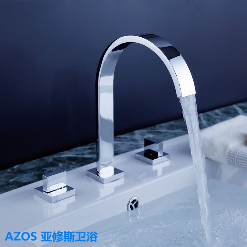 Chrome Finished Silver Deck Mounted Three Holes  Sink Faucets Water Mixer Tap Bathroom Basin Faucet MPSK001AChrome Finished Silver Deck Mounted Three Holes  Sink Faucets Water Mixer Tap Bathroom Basin Faucet MPSK001A