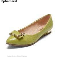Ladies Pointed Toe Low Heel Pumps Crocodile Textue Sequined Slip On Breathable Microfiber Soft Leather Plus