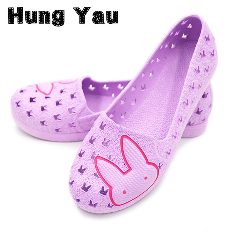 Garden Shoes Mules Clogs Woman Casual Solid Comfortable Flats Sandals Slip Shock Absorbing Slippers Home Slippers Big Size 41 lanshulan bling glitters slippers 2017 summer flip flops platform shoes woman creepers slip on flats casual wedges gold
