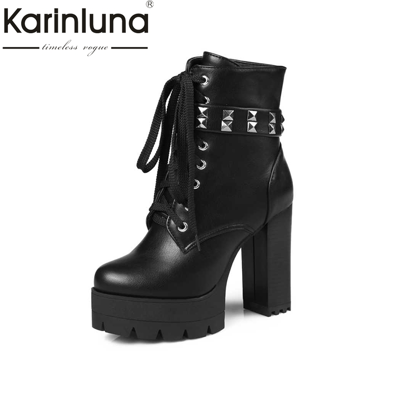 Rivets Ankle Boots Button cross-strap Zipper Square Heels Round Toe Solid Platform Autumn And Winter Rubber Sole Big Size 34-43Rivets Ankle Boots Button cross-strap Zipper Square Heels Round Toe Solid Platform Autumn And Winter Rubber Sole Big Size 34-43