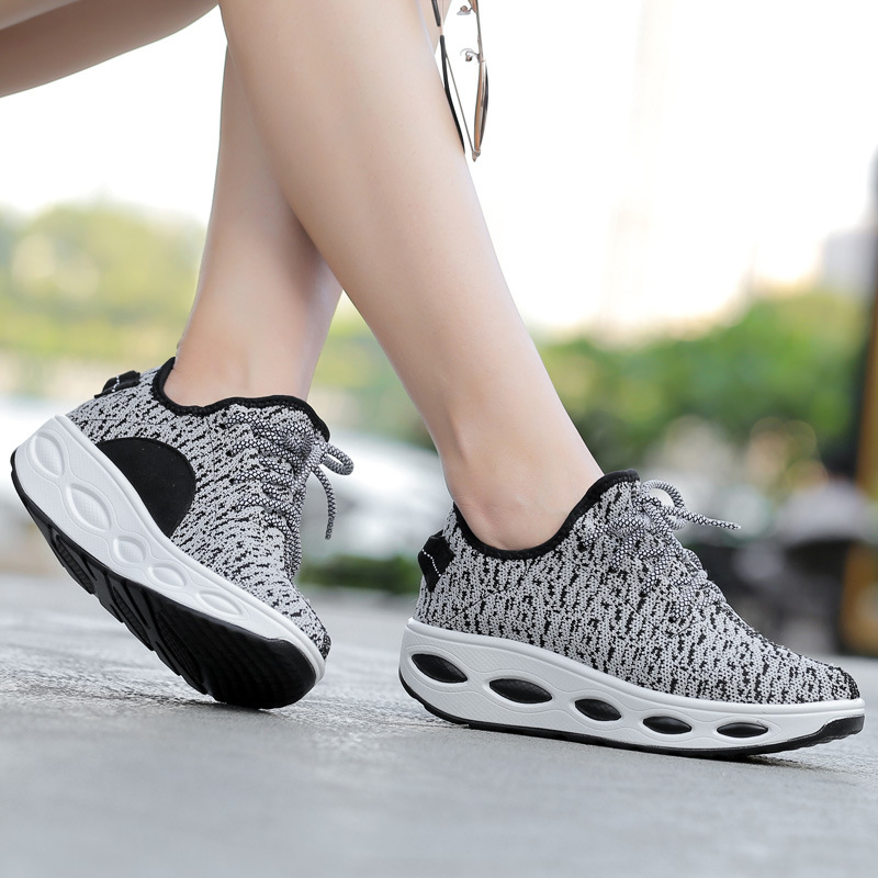 Thick Bottom Air Cushion Shoes Woman Sports Air Max Shake Autumn Net Shoes Lace Shoes Woven Coconut Fly Walking Shoes Sneaker
