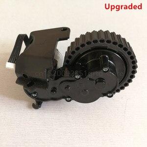Image 3 - Po lewej stronie prawe koło dla odkurzacz robot ilife a4 a4s a40 X451 części do robota odkurzającego ilife a4 a4s koła obejmują koła silnik