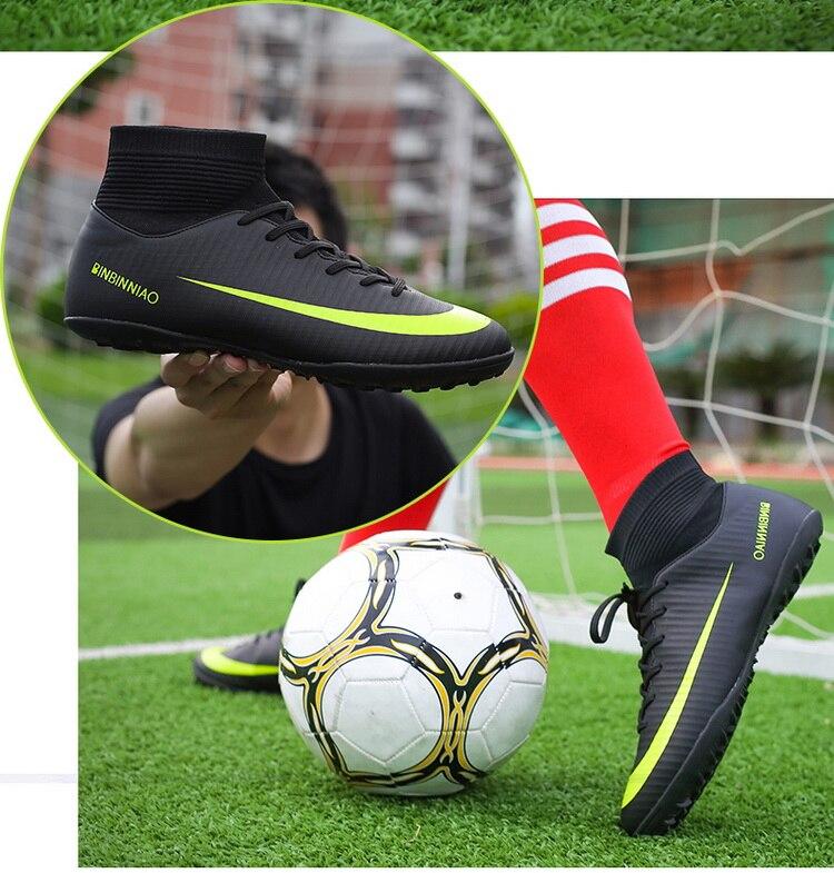 Sapatos de futebol