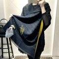 Lenços de marca de luxo Itália Marca Tamanho Grande Lenços de Cashmere Karl Desinger Pele Cobertor Poncho Bandana Pashmina Xale Inverno Echarp