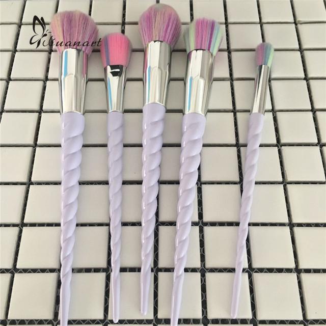 5 pçs/set Unicórnio Fio Escovas da Composição Set Rainbow Cabelo Cosméticos Fundação Blending Pincel sombra de Olho Blush Em Pó Unicórnio