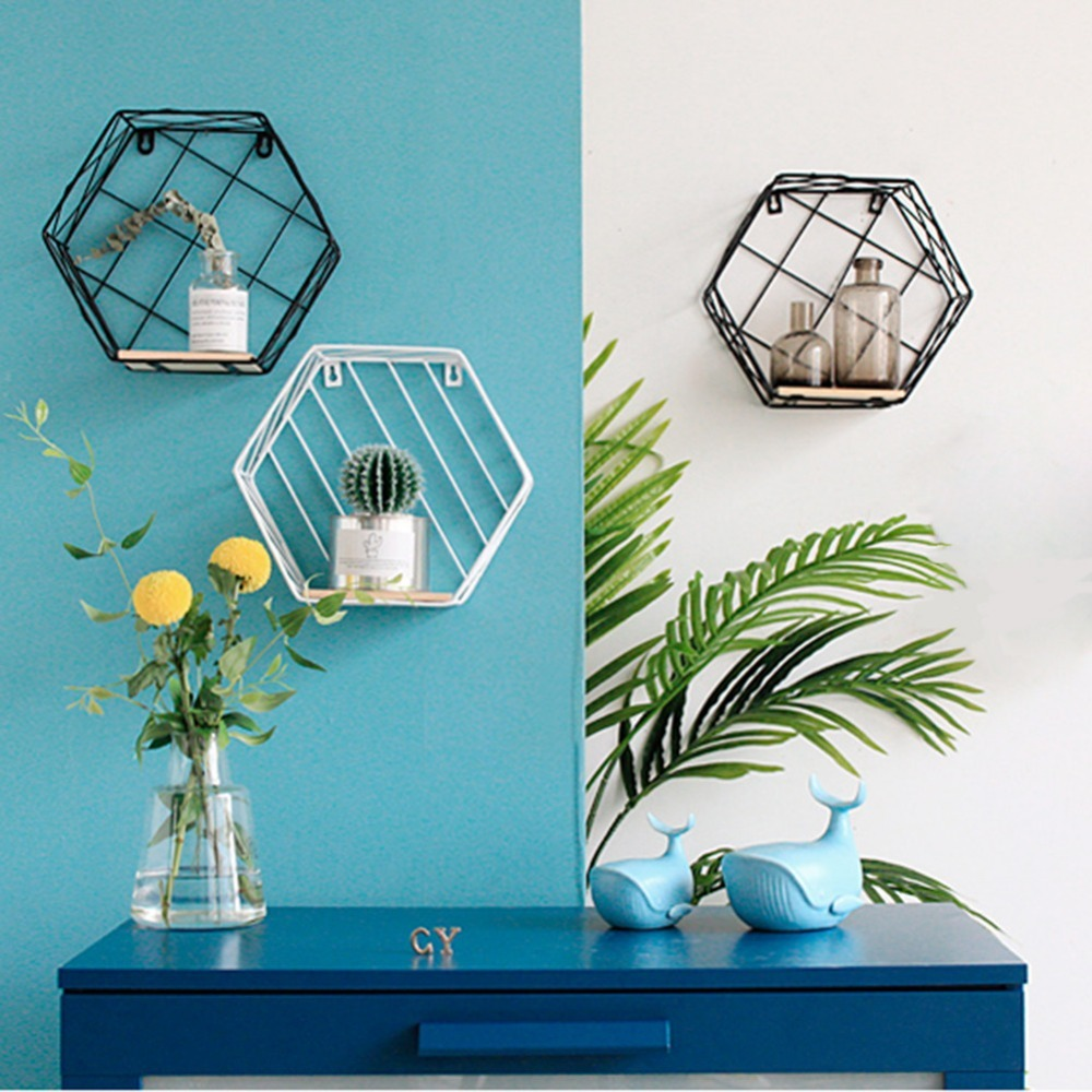 цена Rope Partition Innovative Wall Hanging Shelf Organizer Hexagonal Iron Shelf Decoration Bathroom Home Shelf Etagere