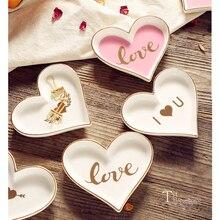 Маленькая керамическая в форме сердца, ювелирное блюдо, фарфоровая тарелка, Расписанная вручную, тарелка для хранения, декоративный поднос, украшение для стола, соус, блюдце