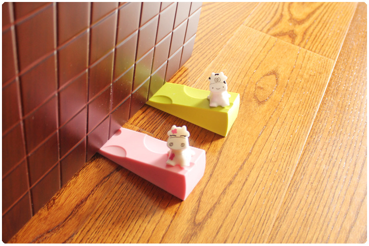 Baby Silicon Gel Cute Infant Milk Gate And Door Stopper Cute Cartoon Milk Lovely Protector For Children