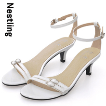 Black White New 2016 Summer Fashion High Quality Patent Leather Women Sandals Concise Buckle Strap High Heels Casual Shoes D35