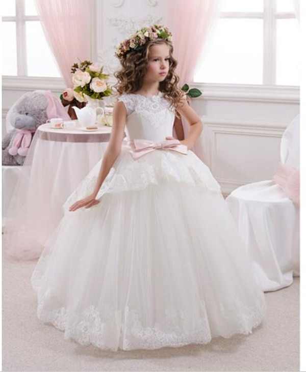 2017 Best Selling Custom First Communion Dresses For Girls Ball Gown White Lace with Bow Flower Girl Dresses Kids Pageant Gowns new white ivory flower girl dresses for wedding 3d flowers puffy tulle with big bow girls first communion gowns