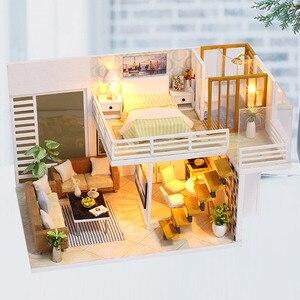Image 2 - FAI DA TE Modello di Casa di Bambola In Miniatura Casa Delle Bambole con Mobili LED 3D Casa In Legno Giocattoli Per I Bambini Regalo di Artigianato Fatti A Mano