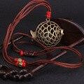 Moda vintgae vento chinês étnico longo colar, novas flores vermelhas colar de sândalo, feitas à mão de bronze antigo colar de peixe