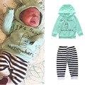 2017 одежда для Новорожденных набор Бутылку Из-Под Молока Мальчик Девочка с длинным рукавом Дети Толстовки с капюшоном + брюки Infantil bebe одежда наборы малышей ткань