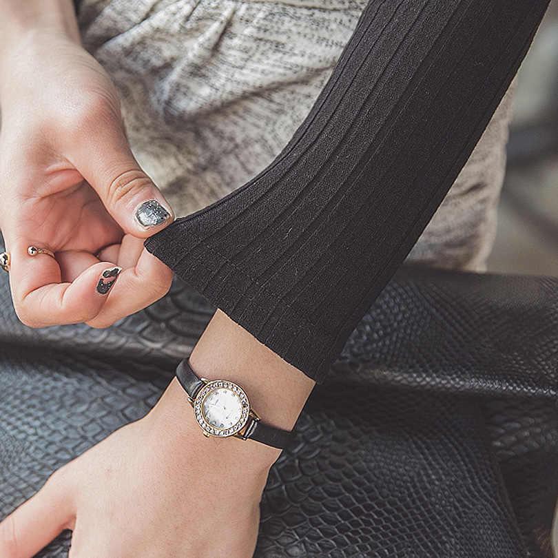 หญิงเสื้อ 2019 ฤดูใบไม้ผลิและฤดูใบไม้ร่วงของแข็งปุ่มผู้หญิงเสื้อยืดถักเซ็กซี่ Slim ฝ้าย T เสื้อผู้หญิงแขนยาวลึก V คอ