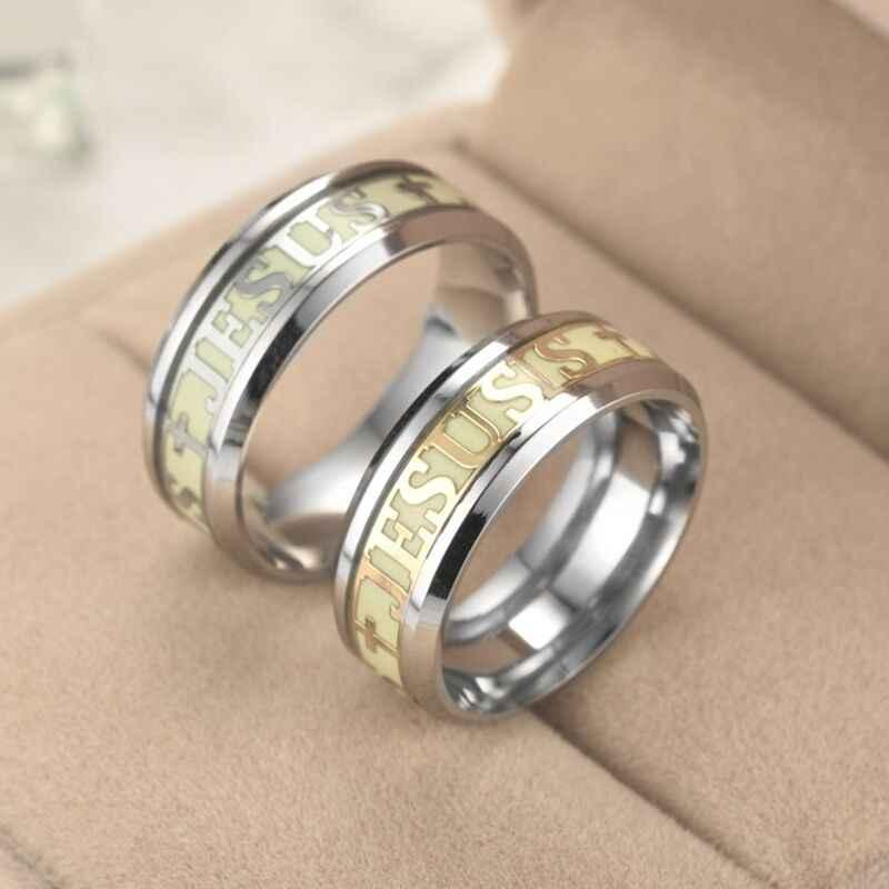 Moda aço inoxidável masculino e feminino europeu crânio anel punisher shantou luz brilhando no anel escuro