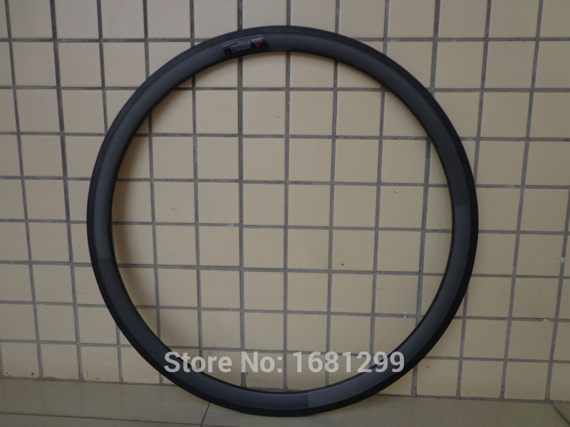 1Pcs New 700C 38mm Road bicycle matte UD full carbon bike wheels clincher rims with basalt brake surface 23 25mm width Free ship 700c clincher rim 88mm depth 25mm width road v brake bike carbon rims 24 holes no braking surface glossy matte diy rims