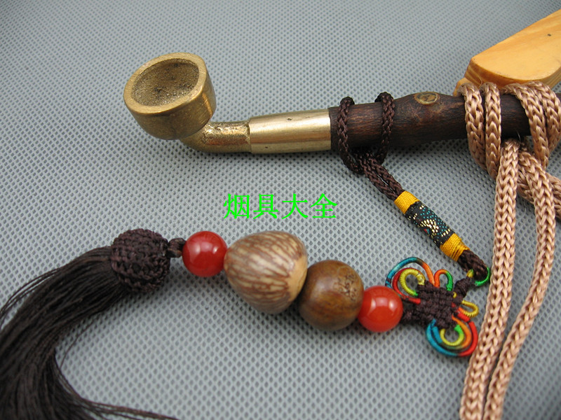 Old traditional section of the wood special long pipe brass cigarette holder cigarette pans dry brass cigarette butts