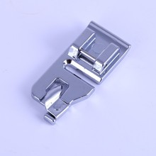 2Pcs Useful Household Sewing Machine Volume Lace Presser Foot Narrow Hem Presser Feet Snap-on Rolled Hem Narrrow Hem